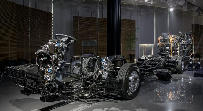 Mercedes-Benz inova e lança chassi de ônibus elétrico